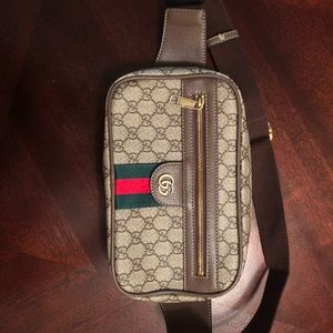 Authenthic Gucci Fanny Pack!!!